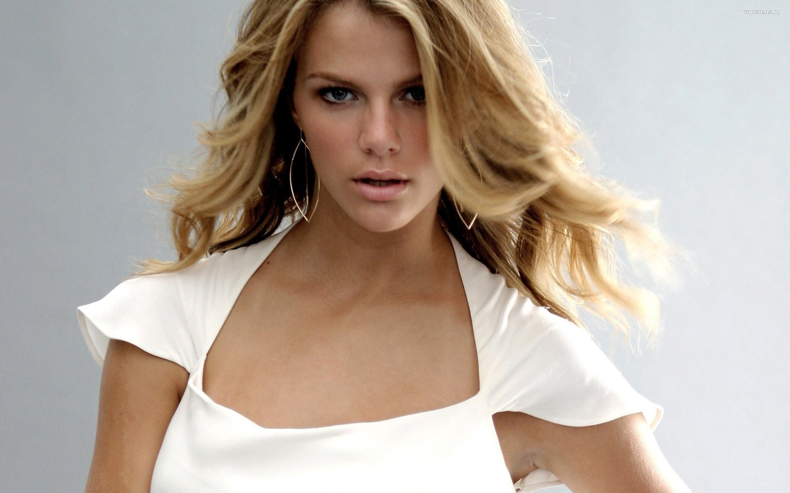 Brooklyn Decker 007