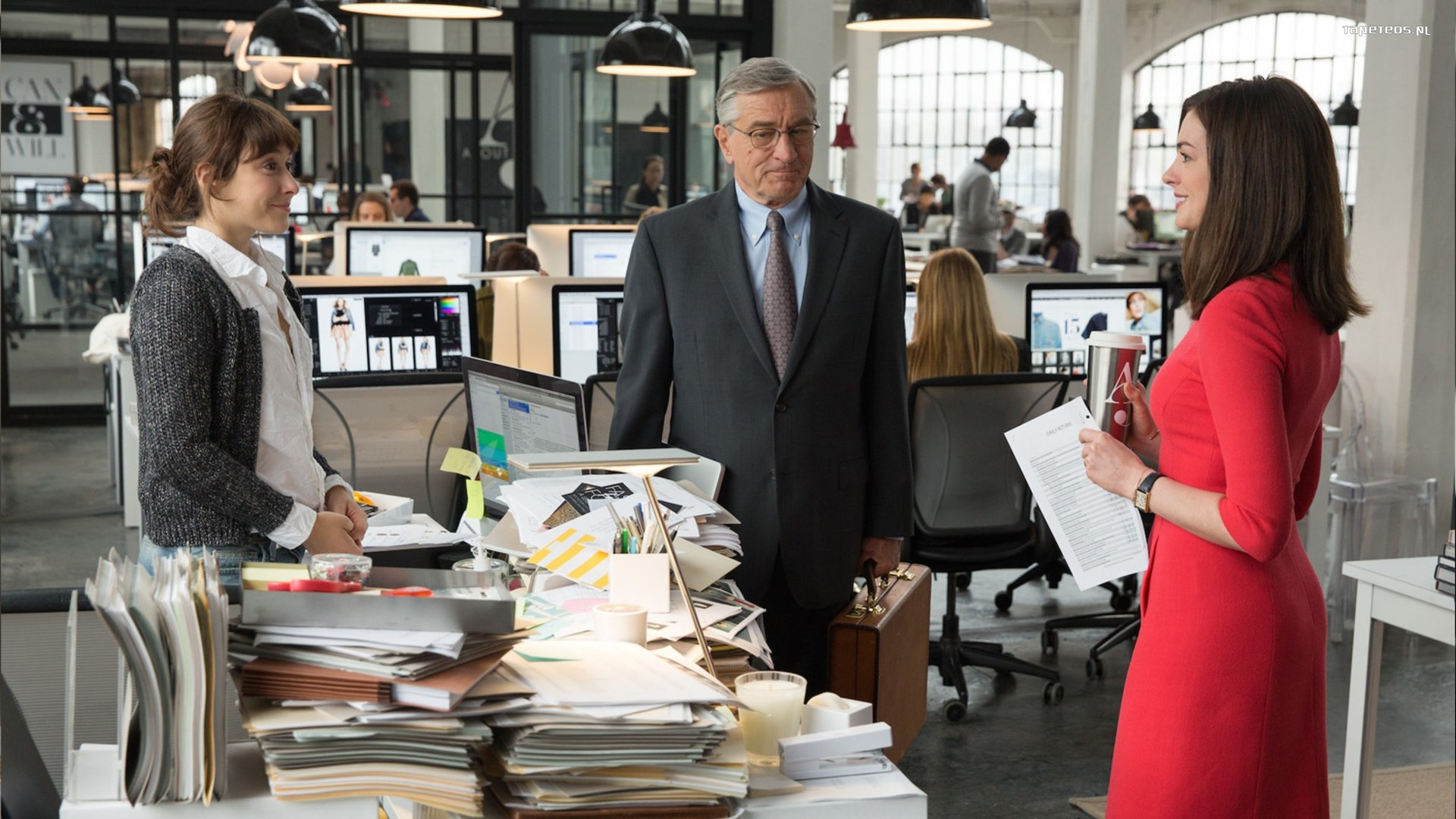 Praktykant (2015) The Intern 006