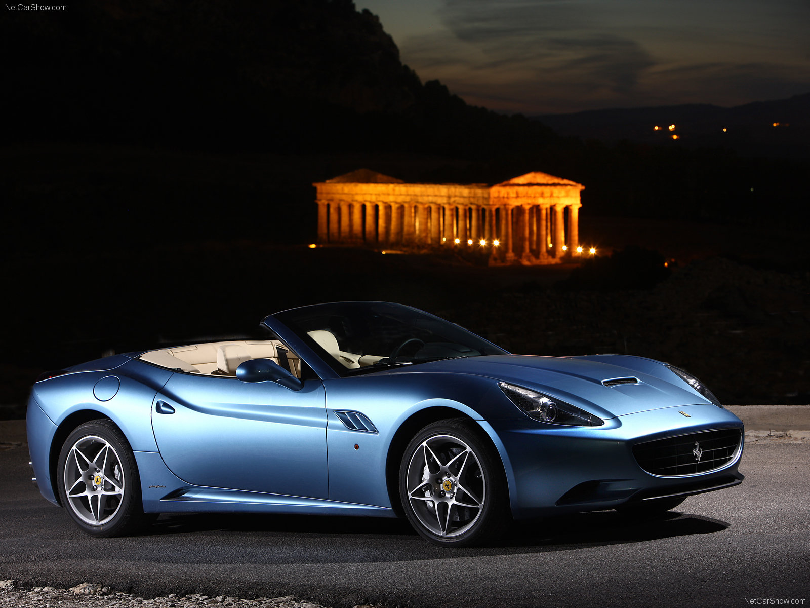 Ferrari-California 2009 1600x1200 wallpaper 008