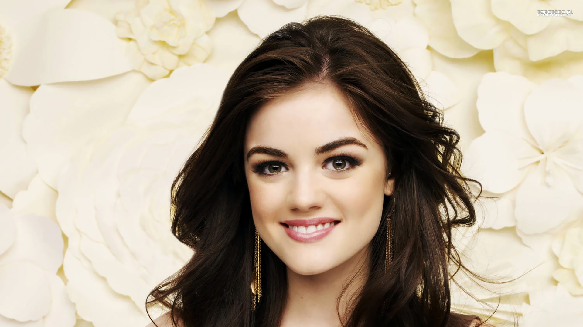 Lucy Hale 011