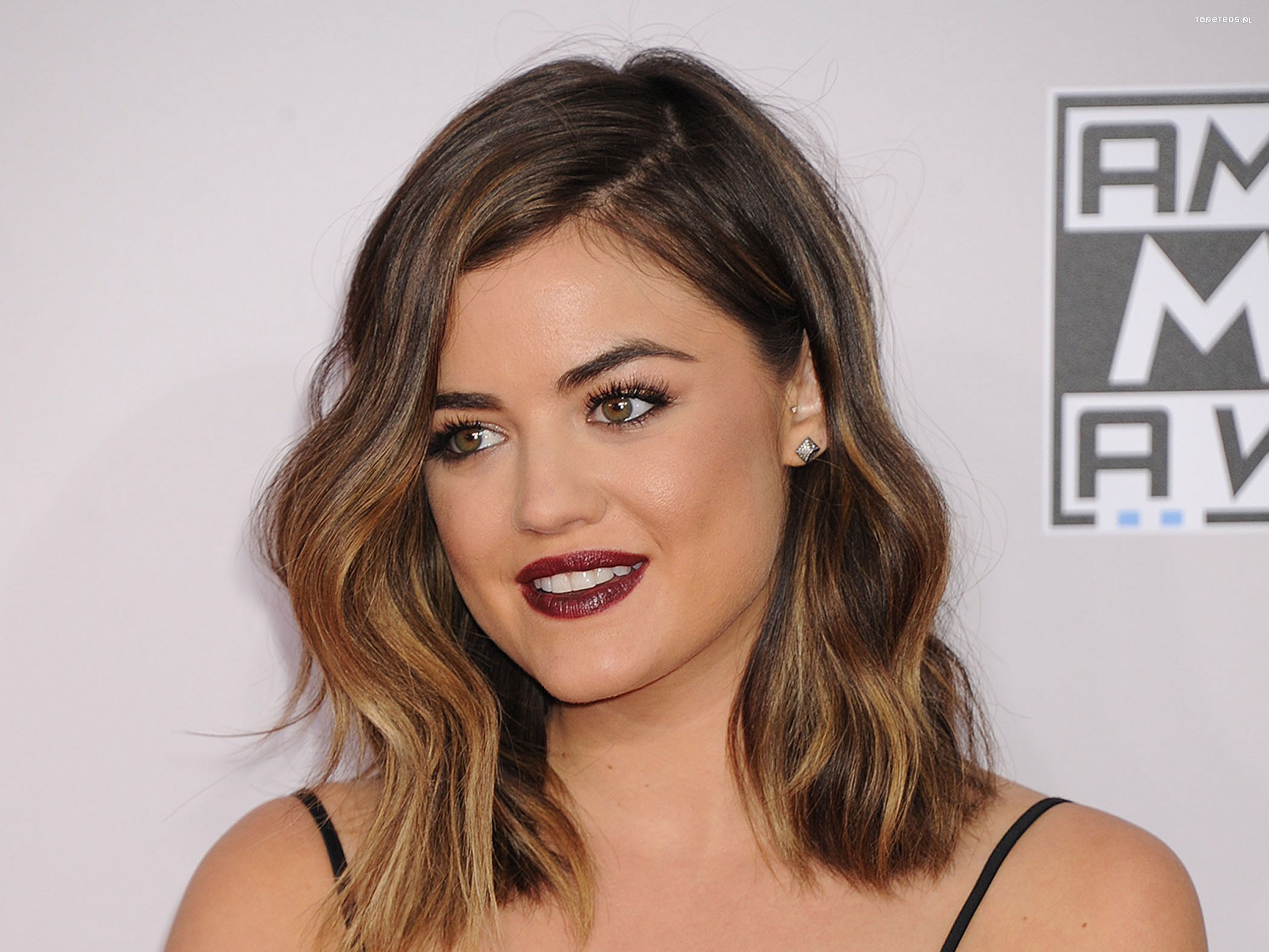 Lucy Hale 050