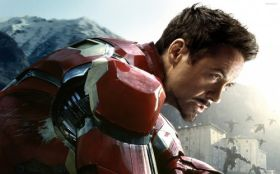 Avengers Age of Ultron 031 Robert Downey Jr., Iron Man