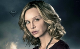 Supergirl 032 Calista Flockhart jako Cat Grant