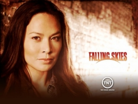 Wrogie Niebo, Falling Skies 006 Moon Bloodgood, Anne Glass