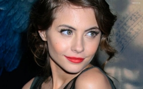 Willa Holland 008