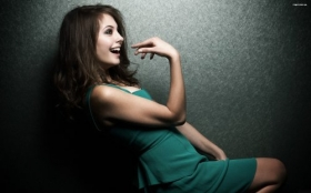 Willa Holland 020