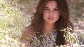 Danielle Campbell 032