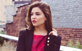 Danielle Campbell 043