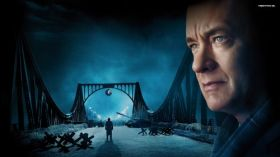 Most szpiegow (2015) Bridge of Spies 004 Tom Hanks
