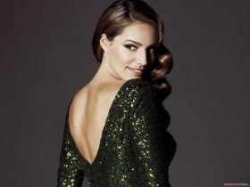 Kelly Brook 38