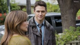 Chlopak z sasiedztwa (2015) The Boy Next Door 003 Ryan Guzman jako Noah Sandborn, Jennifer Lopez
