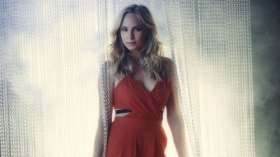 Pamietniki wampirow, The Vampire Diaries 012 Candice Accola jako Caroline Forbes