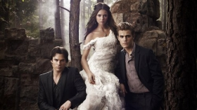 Pamietniki wampirow, The Vampire Diaries 053 Ian Somerhalder, Nina Dobrev, Paul Wesley