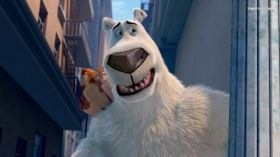 Misiek w Nowym Jorku (2016) Norm of the North 007