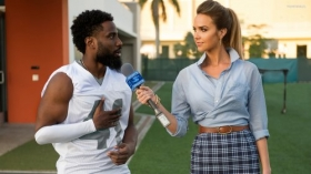 Ballers 2015 TV 009 John David Washington jako Ricky Jerret, Arielle Kebbel jako Tracy Legette