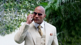 Ballers 2015 TV 019 Dwayne Johnson jako Spencer Strasmore