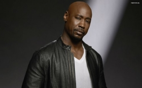 Lucyfer 018 D.B. Woodside jako Amenadiel