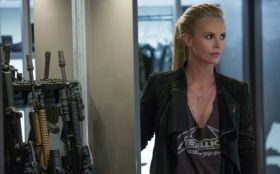 Szybcy i wsciekli 8 (2017) The Fate of the Furious 008 Charlize Theron jako Cipher