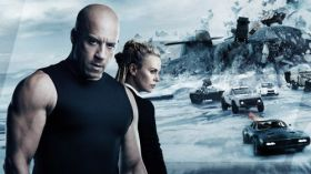 Szybcy i wsciekli 8 (2017) The Fate of the Furious 011 Vin Diesel, Charlize Theron