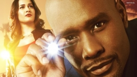 Rosewood 2015 TV 002 Jaina Lee Ortiz, Morris Chestnut