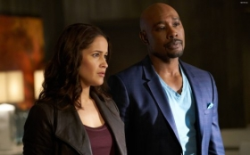 Rosewood 2015 TV 013 Jaina Lee Ortiz, Morris Chestnut