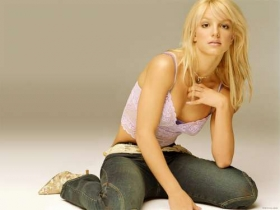 Britney Spears (112)