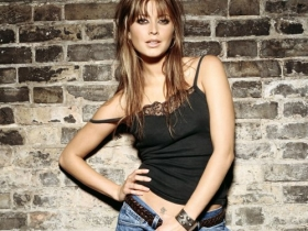 Holly Valance 24