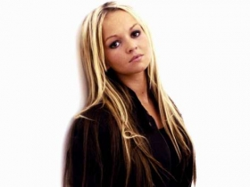 Jennifer Ellison 32