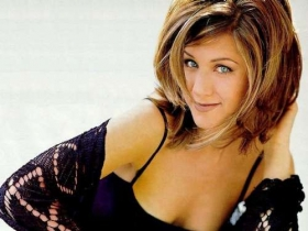 Jennifer Aniston 02