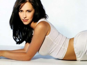 Jennifer Love Hewitt 04