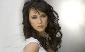 Jennifer Love Hewitt 22