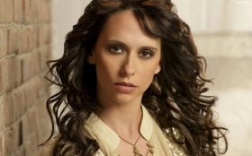 Jennifer Love Hewitt 38