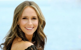 Jennifer Love Hewitt 56
