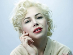 Michelle Williams 23