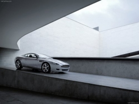 Aston Martin-DB9 2009 1600x1200 wallpaper 006