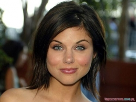 Tiffani Amber Thiessen 027
