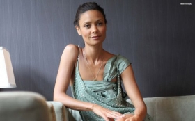 Thandie Newton 023