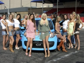 Girls with Cars 042