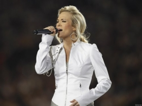 Carrie Underwood 017