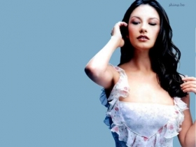 Catherine Zeta Jones 22