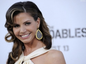 Charisma Carpenter 15