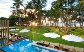 Lato 455 Castaways Resort and Spa, Mission Beach, Australia, Basen, Palmy, Morze