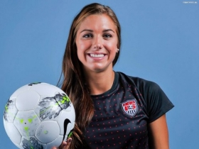Alex Morgan 02