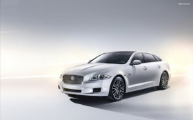 2013 Jaguar Xj Ultimate 1