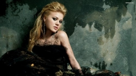 Kelly Clarkson 004