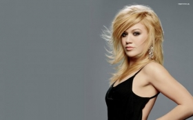 Kelly Clarkson 021