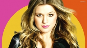 Kelly Clarkson 024