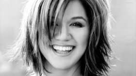 Kelly Clarkson 026