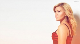 Kelly Clarkson 032