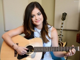 Lucy Hale 041